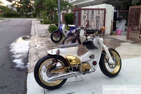 Keranjang Tengah Honda C70 modifikasi streetcub milik artis hazama dari malaysia