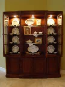 how to decorate a display cabinet china hutch display on china cabinets china