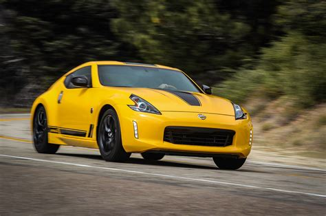 nissan 370z wallpaper nissan 370z heritage edition wallpaper