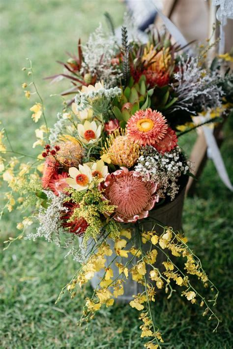 bold boho chic fall wedding ideas weddingomania