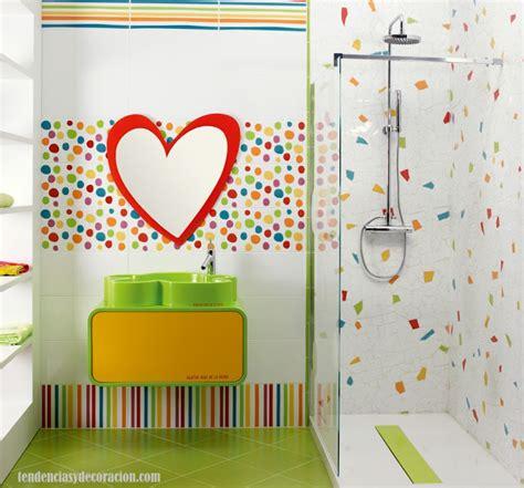 como decorar juegos de baño decorar un ba 241 o infantil para tus hijos
