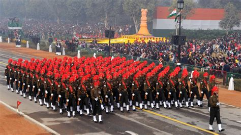 republic day parade rajpath delhi india   festival packages hotels travelwhistle