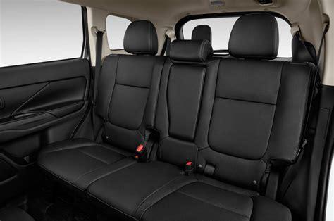nissan outlander interior comparison mitsubishi outlander gt 2015 vs nissan