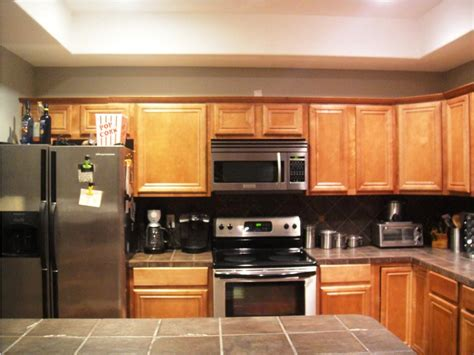 small kitchen makeovers pictures ideas tips from hgtv small kitchen makeover ideas affordable kitchen light