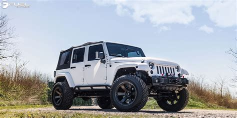 Jeeps On Gas This Jeep Wrangler With Fuel Wheels Is A Beast Literally