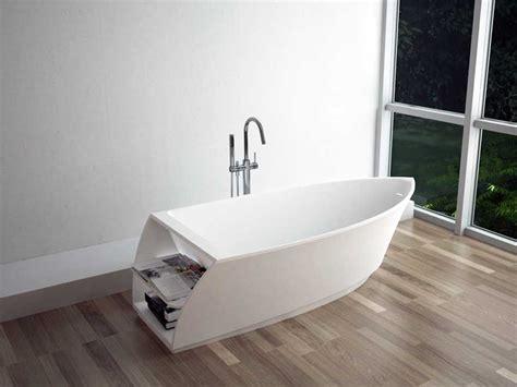 wannen wickelaufsatz freistehende badewannen aus holz innenr 228 ume und m 246 bel ideen