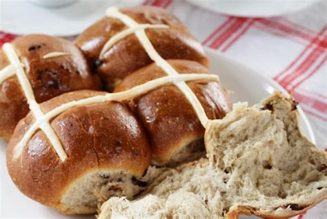 traditional foods made at easter