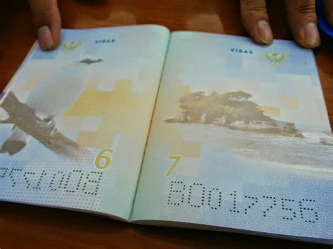 pembuatan paspor baru 2014 mengulik tilan cantik paspor baru indonesia 5
