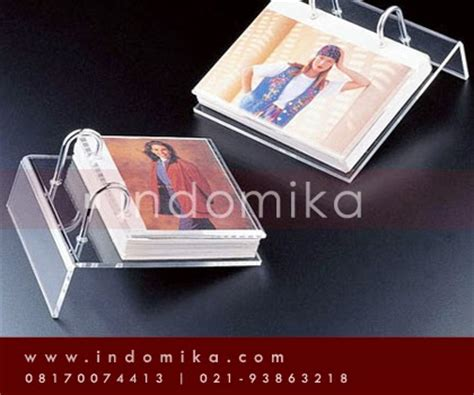 Kotak Akrilik Acrylic Box Showcase Pajangan galeri akrilik menerima pemesanan frame foto dari bahan akrilik