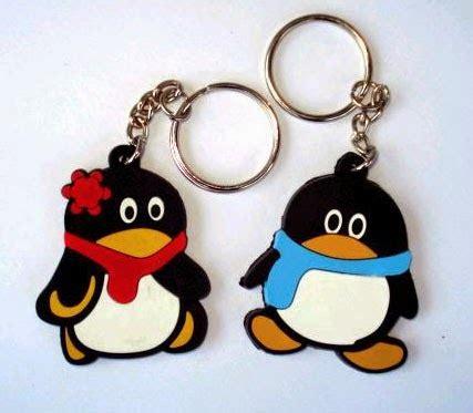 Colorfull Gantungan Kunci Siul Cocok Untuk Sovenir gantungan kunci karet jakarta gantungan kunci pinguin