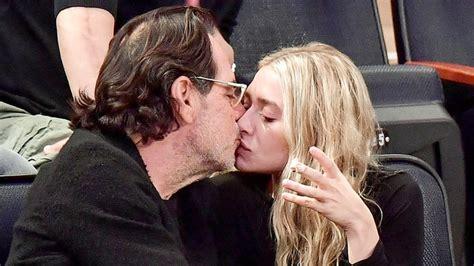 ashley olsens boyfriend is even older than mary kates ashley olsen kisses boyfriend richard sachs pics us weekly