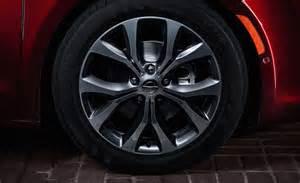 Chrysler Pacifica Tire Size Yokohama Avid S34rv Standard On 2017 Chrysler Pacifica