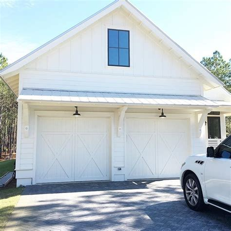 barn door style garage doors 65 best images about farmhouse style on modern