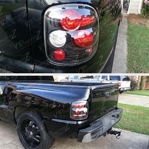 04 silverado tail lights 99 04 chevy gmc sierra silverado stepside black tail