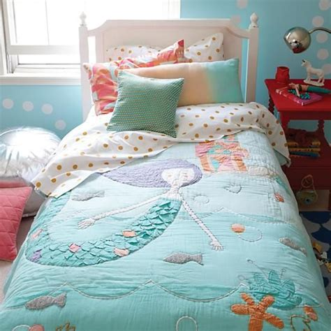 mermaid bed 31 sweetest bedding ideas for girls bedrooms digsdigs