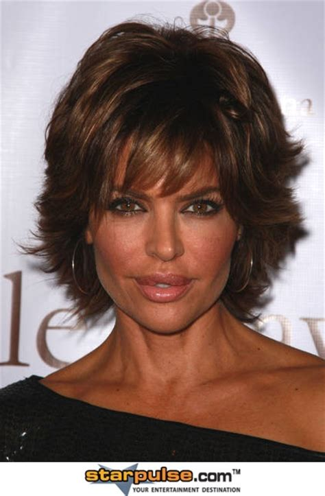is lisa rinnas hair thick 39 best images about lisa rinna s new hair style on