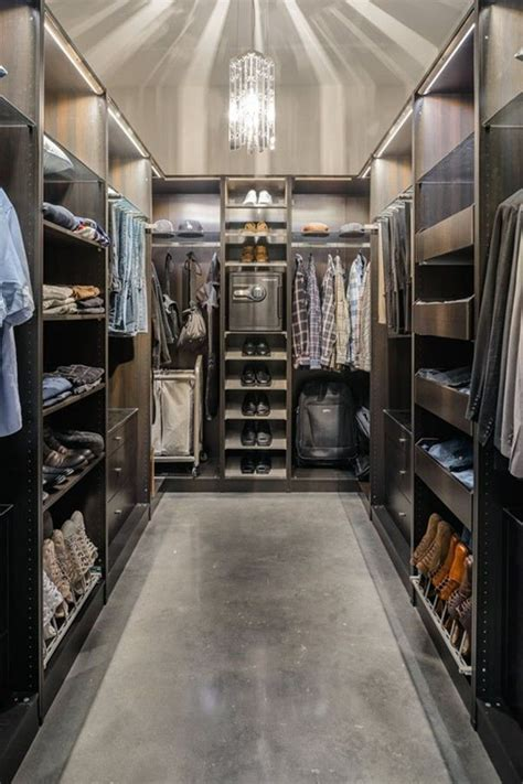17 Best images about Walk in Closet on Pinterest   Walk in