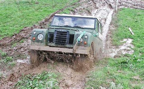 mudding cars car mudding