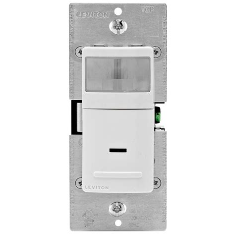 leviton motion sensor 3 way light switch leviton 15 120 volt single pole and 3 way occupancy