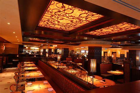 cheesecake factory light menu the reason the cheesecake factory keeps the lighting