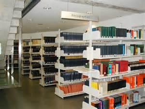 bibliothek regale file library shelves bibliographies graz jpg