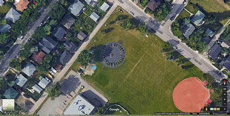 Garden Growth by Google Earth and Google Maps – Parkdale ... Google Maps Satellite View 2015