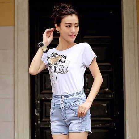 Tank Top Bunga Dan Celana Motif Bunga Kode R4353 12 tips mix and match gaya celana high waist ide