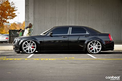 chrysler 300c srt srt 10 ram wheels on this chrysler 300c planes trains