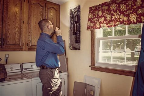 house inspector 6 tips for hiring the best house inspection company alzheimers help at home