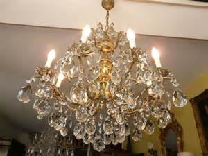 lustre cristal ancien lustre ancien en cristal avec pilles lustres a