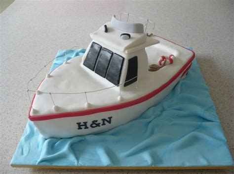 how to make a fishing boat cake topper 17 best ideas about boat cake on pinterest amazing cakes