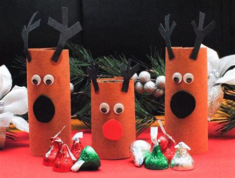 easy reindeer crafts for reindeer that are easy to make and to play with