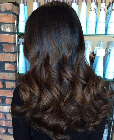 balayage highlights on dark brown hair best 25 black hair with highlights ideas on pinterest