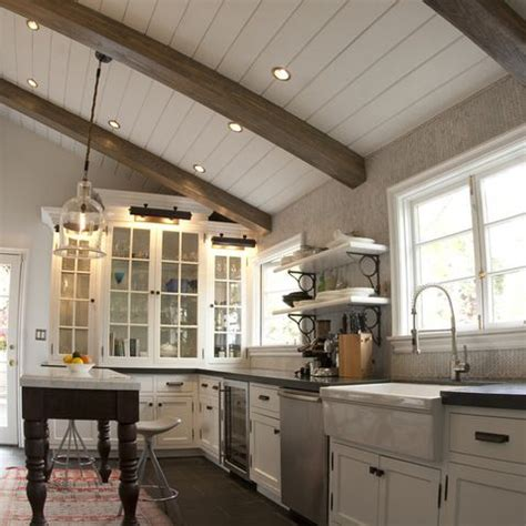 vaulted kitchen ceiling ideas 17 best images about vaulted ceiling lighting on pinterest