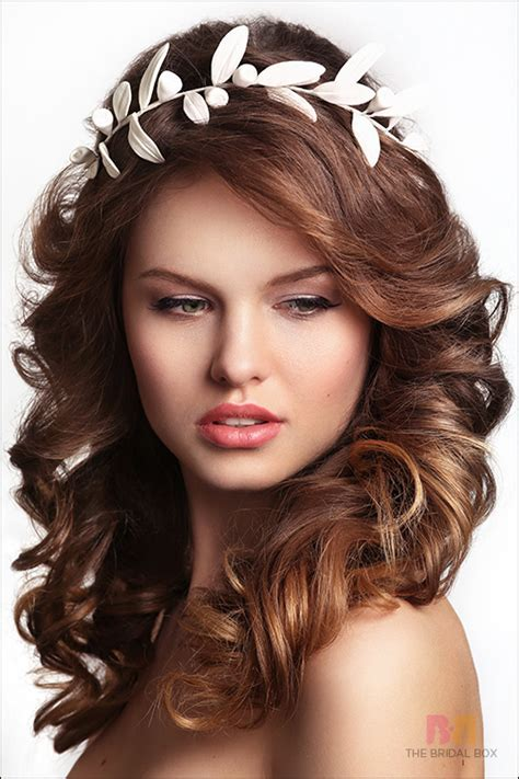 wedding hairstyles for round faces 7   Best Inspiration