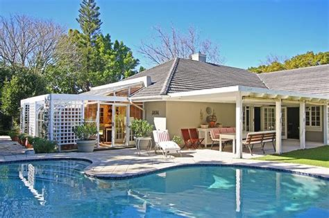 holiday rental constantia cape town