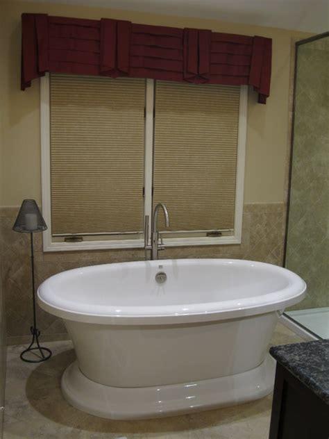 aquatic bathtubs bathroom design featuring the aquatic serenity 13 tub and