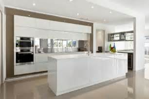 Modern Kitchen Designs Uk by Kitchens Byles