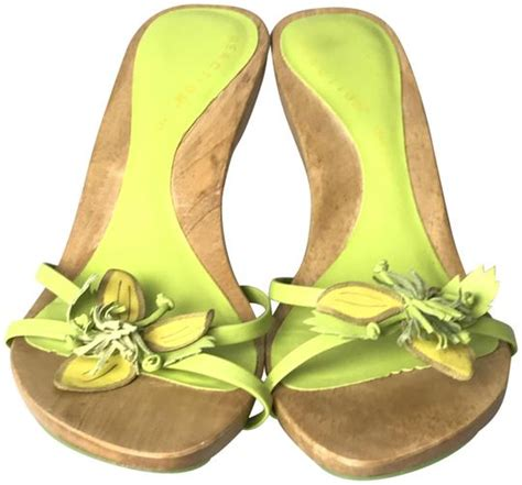 Coles Green Slip by Kenneth Cole Reaction Lime Green Slip On Heel Sandals Size