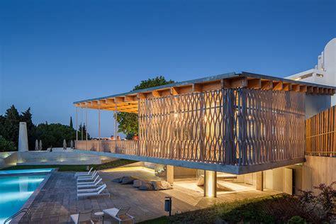 designboom hotel cos costa arquitectos adds to tavira hotel with timber