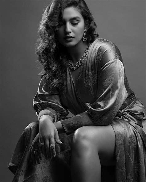 18 Hot Photos of Huma Qureshi - Hoistore