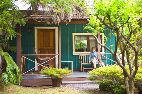 The Cottages At Berry by Garden Picture Of Volcano Country Cottages Volcano