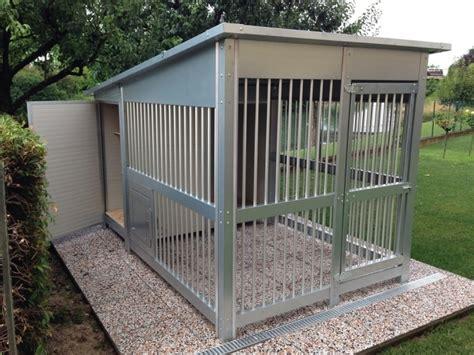 recinti per cani da esterno casine in coibentato e recinto zampe al caldo