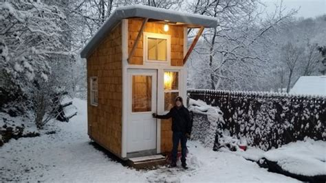build a mini house in the backyard 13 year old build his own mini house in his backyard look