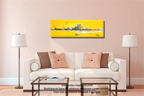 Superbe Deco Salle A Manger Moderne #3: Tableau-jaune-d%C3%A9co-salle-%C3%A0-manger-Ville-Imp%C3%A9riale.jpg