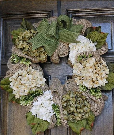 diy burlap wreath ideas   holiday  season