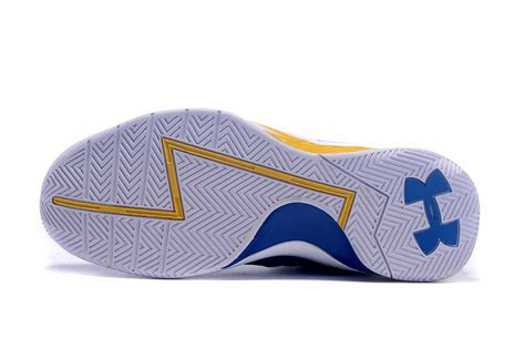 Schuhe Stephen Curry 2015 Ua Curry One Niedrig C 163 165 armour curry low wei 223