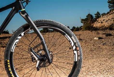 Comfort Reality Leaf Spring Suspension In Radical New Fork Design