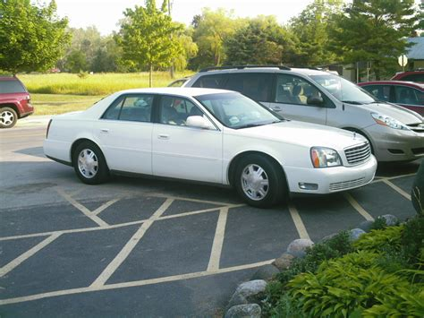 books about how cars work 2005 cadillac deville navigation system file cadillac deville 2004 jpg wikimedia commons