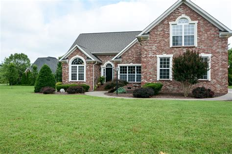 homes for sale in rockvale tn